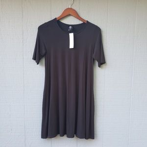 Agnes and Dora NWT Solid Black Swing Tunic Small